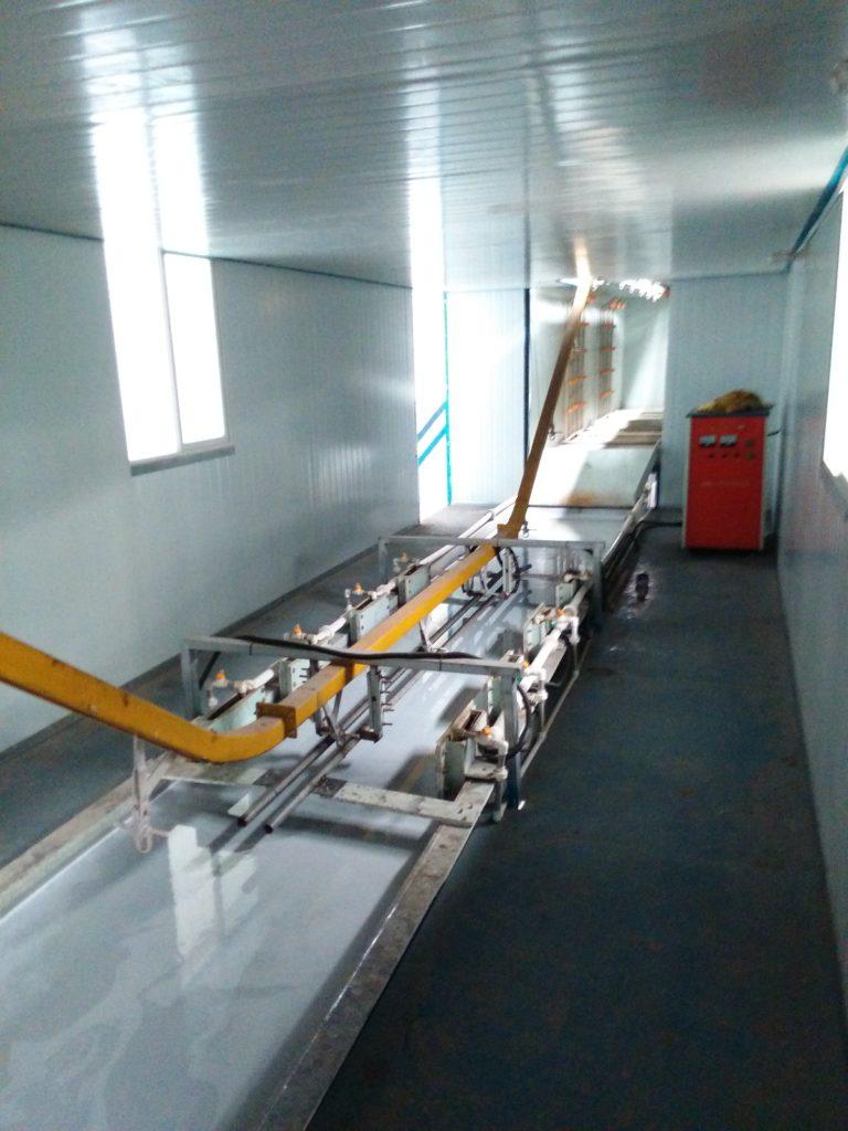 承接各类电泳自动生产线的设计,制造,安装
